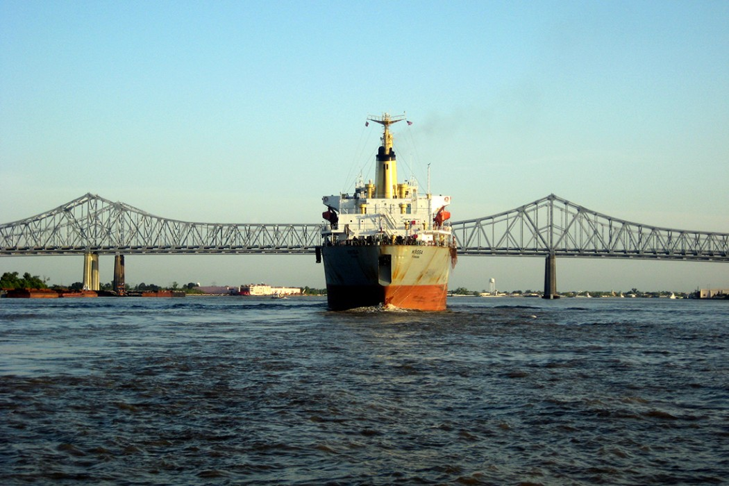 New Orleans: Mississippi River and Crescent City Connection. Photographer Wally Gobetz. Image used under Creative Commons License CC BY-NC-ND.
