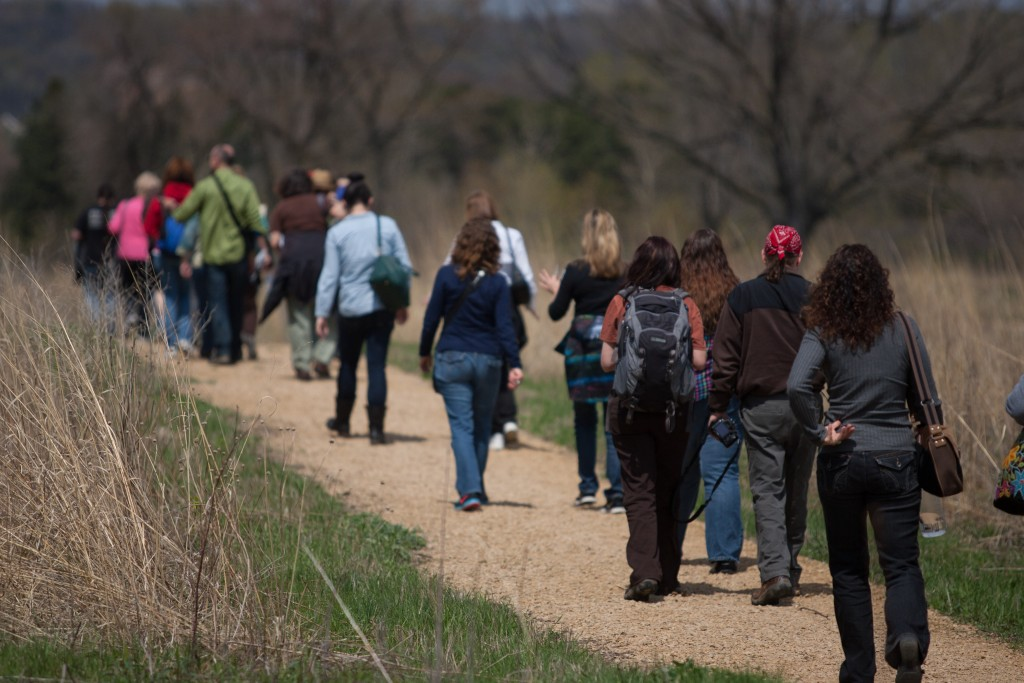 Walking between sites at Oheyawahi/Pilot Knob . Photo by Michael Murray; courtesy of the Minnesota Humanities Center.
