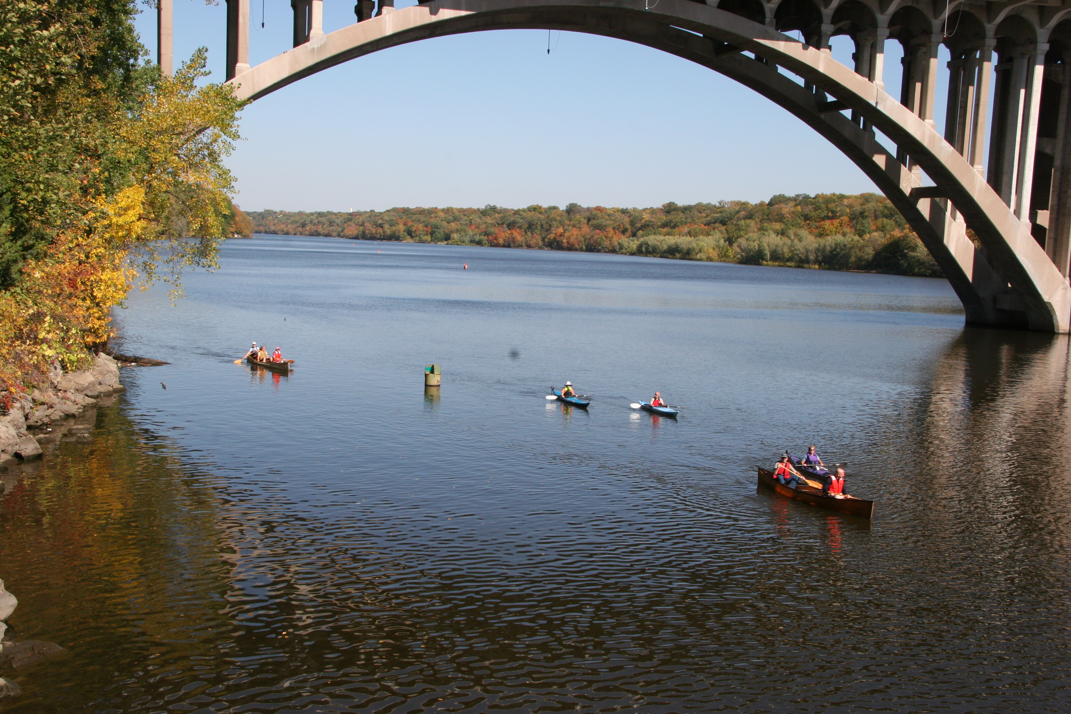 The Ford Parkway Bridge across the Mississippi connecting Minneapolis and Saint Paul in the Mississippi National River and Recreation Area. Image via National Park Service.
