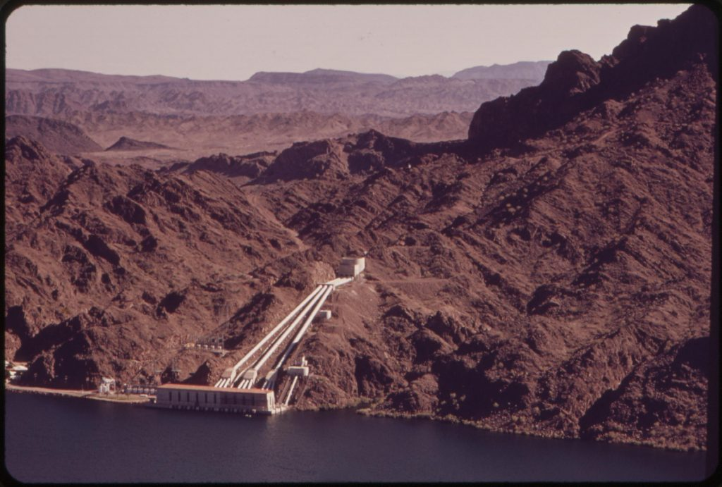 Whitsett Pumping Plant on Lake Havasu lifts the water 291 feet (89 m) for the Colorado River Aqueduct, bring water to Los Angeles.