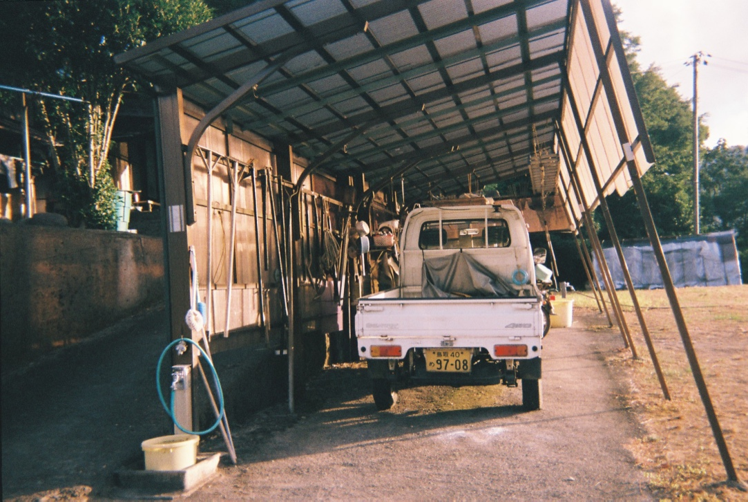 Kawahara, Tottori. Farm trucks called (kei-tora—translates to economic van) serve a vital purpose for farmers. The annual registration fee and associated taxes are less than regular cars. While you might not see very many in urban areas they are a common sight in the rural areas of Japan. The truck is very small, with room for just two passengers.