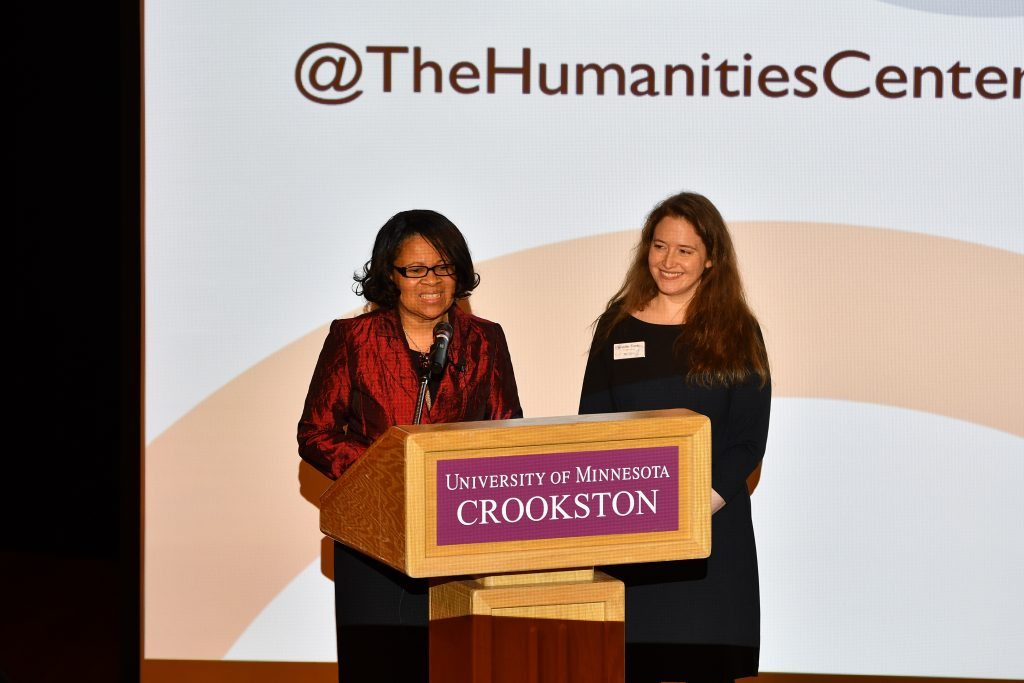 Lorna Hollowell, Director of Diversity and Multicultural Affairs at the University of Minnesota Crookston and part of the host team, introduces Jennifer Tonko from the Minnesota Humanities Center at the We Are Water MN kickoff event in Crookston, Minnesota. Image courtesy of Terry Tollefson.