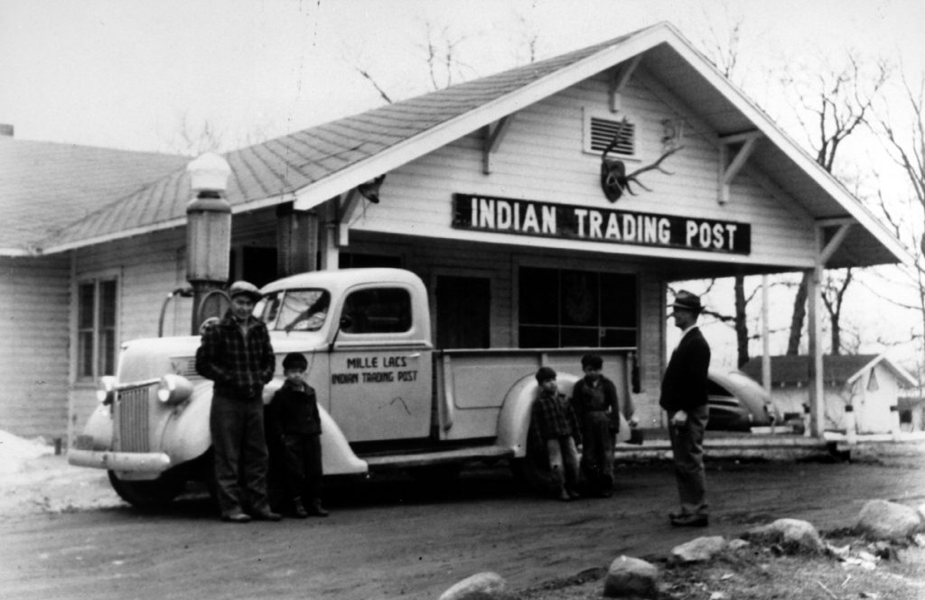 The Mille Lacs Indian Trading Post in 1950. Image courtesy of Minnesota Historical Society.